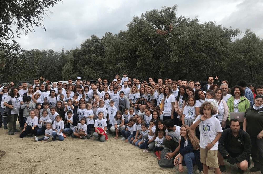 Tendam celebrates world cleaning day with a waste collection in the sierra de Madrid