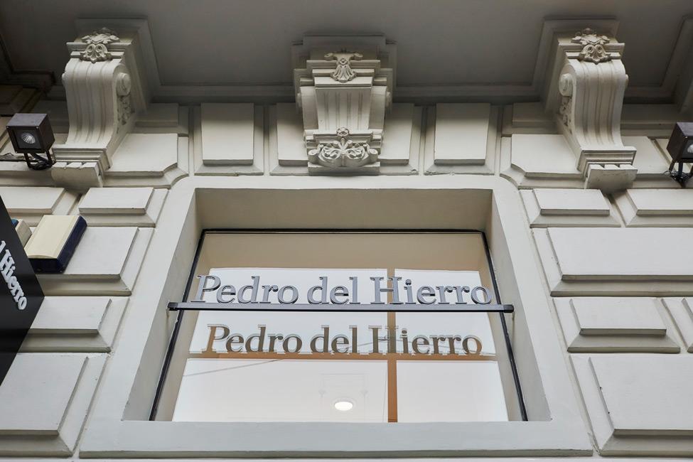 Foto de tienda 2 de Pedro del Hierro / Tendam Global Fashion Retail